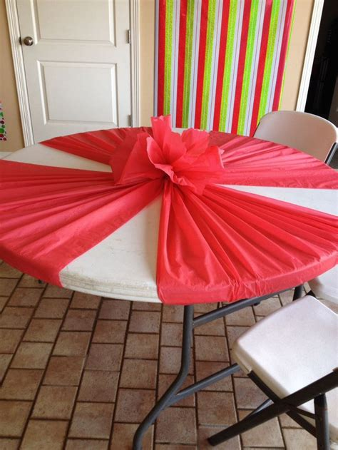 Decorating Ideas Using Plastic Tablecloths by 25 Best Ideas About Table Covers On