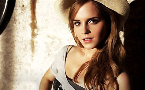Wellcome To Bollywood Hd Wallpapers Emma Watson Hollywood