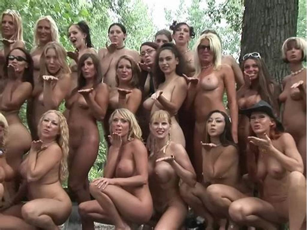 #Filming #Nude #Group #Photo