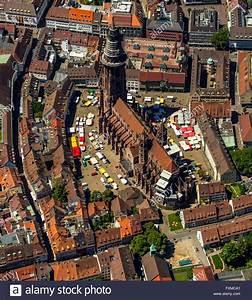 Markt De Freiburg Breisgau : aerial view freiburg cathedral with market square freiburg stock photo 102481625 alamy ~ Orissabook.com Haus und Dekorationen