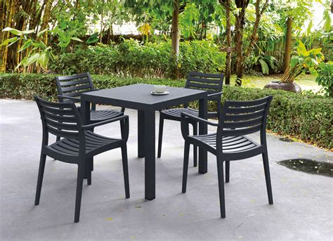 table carree de jardin table de jardin carr 233 e design ares