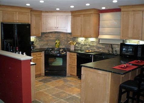 kitchen countertop and backsplash combinations backsplashes and cabinets beautiful combinations spice up my kitchen hgtv