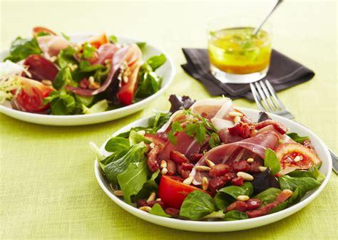 cuisine à la cocotte minute salade au jambon cru lardons et tomates maggi