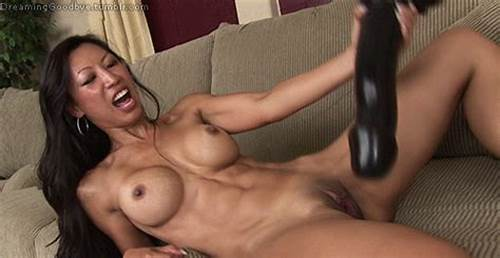Big Schoolgirl Tia In Action #Huge #Dildo #Hardbody #Gif #Public # #Juicygif