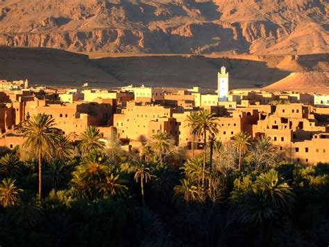 7 things you shouldn t do in the middle east according to my arabic professor memoirs of an