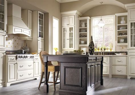 thomasville kitchen islands 24 best images about kitchen thomasville cabinets on