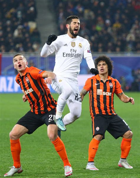 Hafta mücadelesinde shakhtar donetsk evinde real madrid ile karşı karşıya geldi. UEFA Champions League Game Shakhtar Vs Real Madrid ...