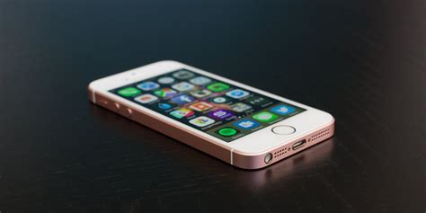 apple iphone se review a iphone se review business insider