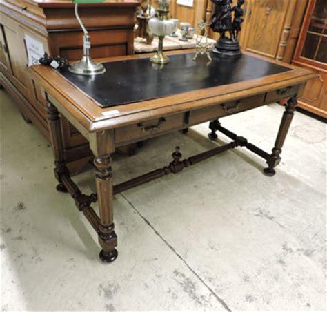 bureau ancien dessus cuir bureau ancien chêne dessus cuir 195 vendu