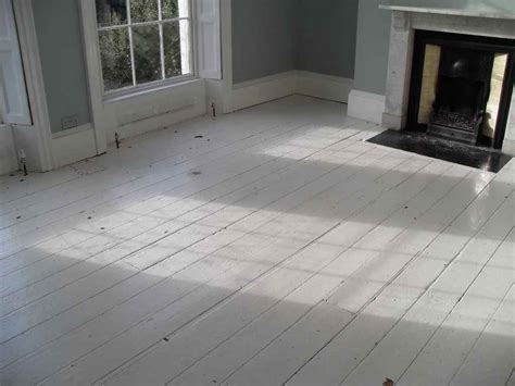 white wood floors le cœur a ses raisons white wood floors