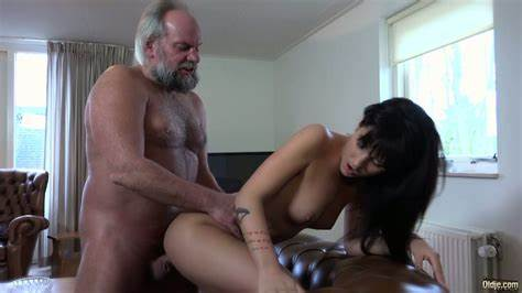Clean Pervert Paging Older Boys Sassy Curly Catching Old Wifes Watching Porn And Fucked Him
