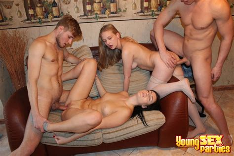 Young Sex Parties Foursome Teen Pounding Photo Album By Young Libertines