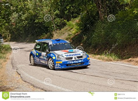 renault clio rally car rally car renault clio editorial stock image image 32871174