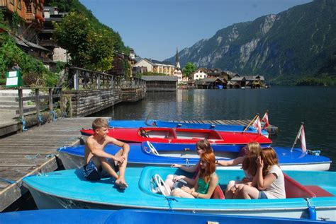 Round Lake Boat Rental by Mit Dem E Boot 252 Ber Den Hallst 228 Ttersee 187 Your Holiday In