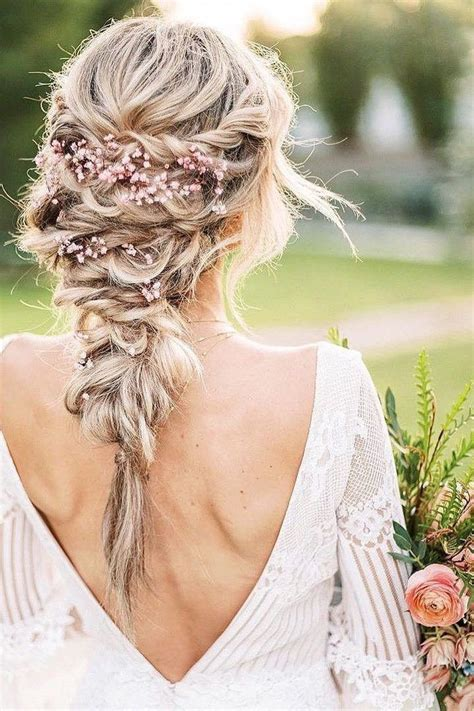 30 Whimsical Wedding Hairstyles with Flowers in 2020
