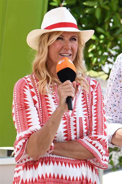 Andrea kiewel, genannt kiwi, weiß wie sie ihr publikum charmant und informativ um den finger wickeln kann. Andrea Kiewel - Starporträt, News, Bilder | GALA.de