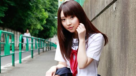 Pure Japanese school girl with the beat on the streets ...
