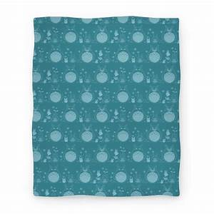 Totoro Pattern Blanket Blanket | LookHUMAN