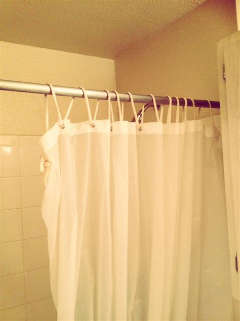 Shower Curtain Holder 🛀🚿 Trusper