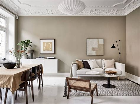 Living in a home with beige walls that have to stay beige, for whatever reason? Warm beige interior | Beige living rooms, Interior, Beige walls