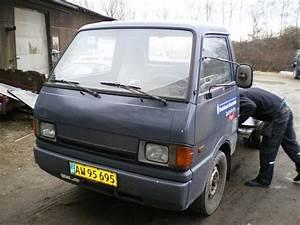 Mazda E2200 - 1987