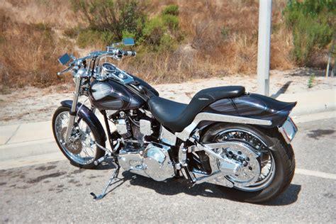 1999 Harley-davidson® Fxstc Softail® Custom (kameleon