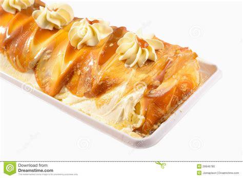 cannoli pastry cake ideas  designs
