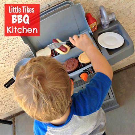 toddlers love  tikes bbq kitchen