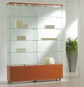 Vitrine En Verre : quel type de vitrine choisir pour mettre en avant vos produits ~ Teatrodelosmanantiales.com Idées de Décoration
