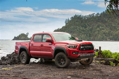 2017 Tacoma Horsepower by 2017 Toyota Tacoma Trd Pro Road Review Motor Trend