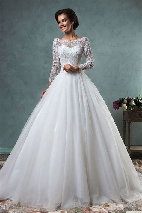 25 Best Ideas About Christmas Wedding Dresses On