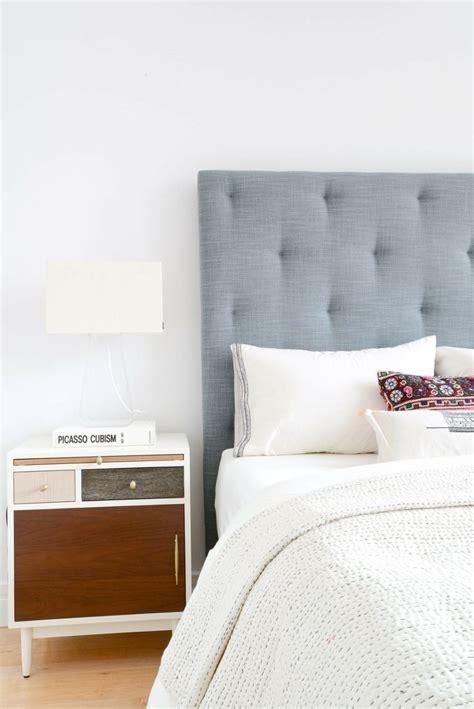 chambre capitonné chambre avec tete de lit capitonne lit capitonne tv