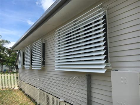 luxaflex aluminum louvre awnings capricorn screens awnings  blinds