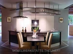 Küche Mit Integriertem Essplatz : schreinerei ~ Markanthonyermac.com Haus und Dekorationen