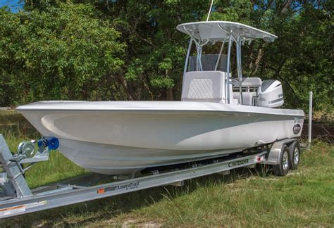 Contender Boats Islamorada by 2016 Contender 25 Bay Boat Gtb Edition Sold