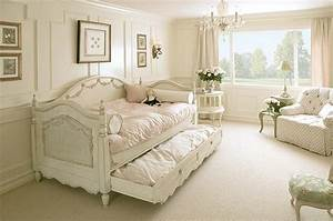 Shabby Chic Bedroom Ideas for a Vintage Romantic Bedroom Look