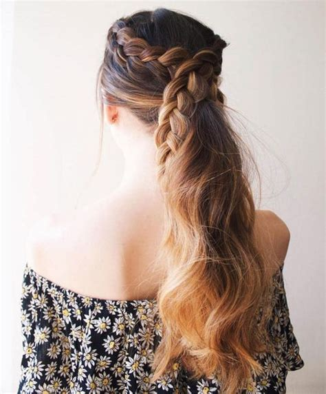 Easy Ponytail Hairstyles For by Ponytail Hairstyles 5 Easy Ponytail Looks For The Work Week
