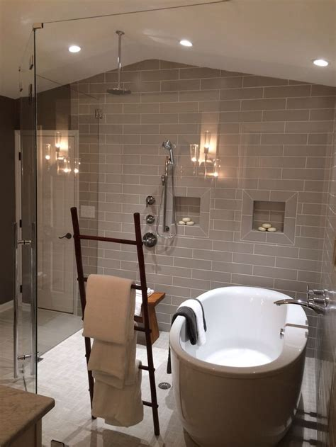 stand  bathtub  wet room shower creative towel