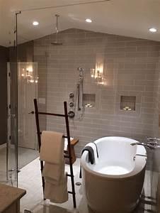 Stand Alone Bathtub Inside Wet Room Shower  Creative Towel