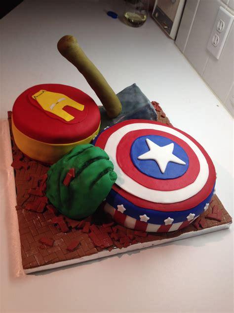Cake marvel | love to bake using cake marvel lids! Avengers Cake | Avenger cake, Boy party, Birthday parties