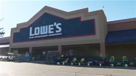 2 Chicago Area Lowe's Closing; Among 51 Stores To Shutter