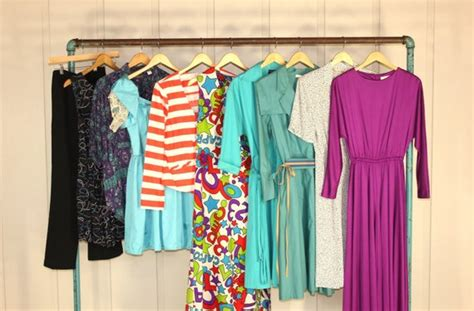 Lot Of 10 Women's Vintage Dress Clothing 1970s 1980s