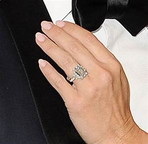 Kym johnson shows off engagement ring talks proposal for Kym johnson wedding ring