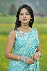 Anushka shetty saree stills from Damarukam movie