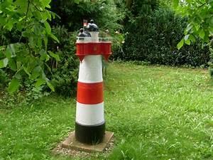 Leuchtturm Für Den Garten : leuchtturm roter sand im garten ~ Frokenaadalensverden.com Haus und Dekorationen