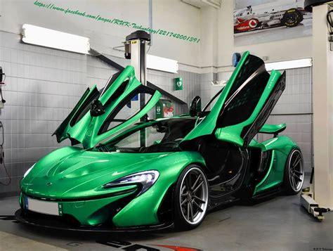 Green Mclaren P1 Render