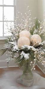 75 Charming Winter Centerpieces - DigsDigs