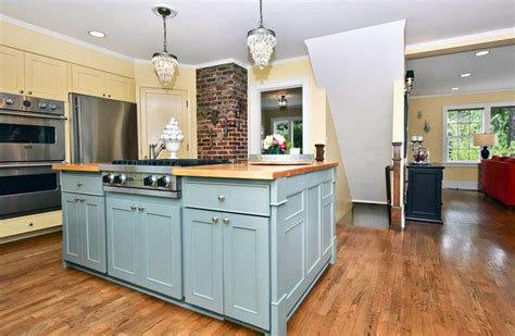 cottage style kitchen islands 25 cottage kitchen ideas design pictures designing idea
