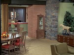 Brady Bunch House Interior Sets
