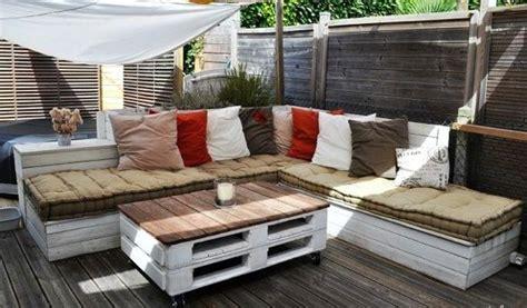 20 mod 232 les de salons de jardin fabriqu 233 s en bois de palettes for the home outdoor furniture